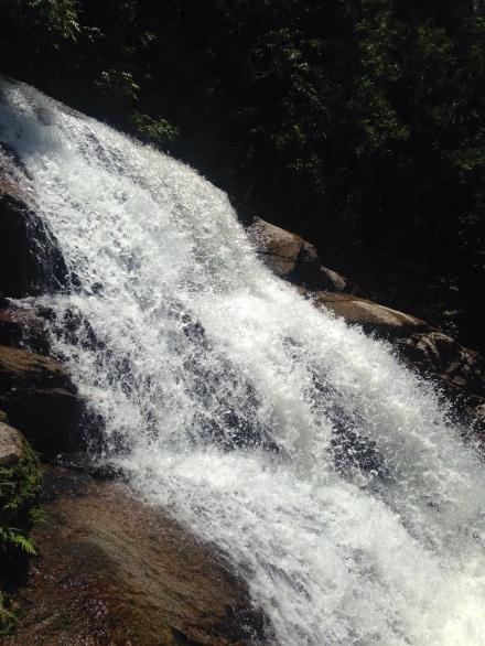 Cachoeira da Pedra Branca - Paraty - Trindade - Meu Mundo Por Aí